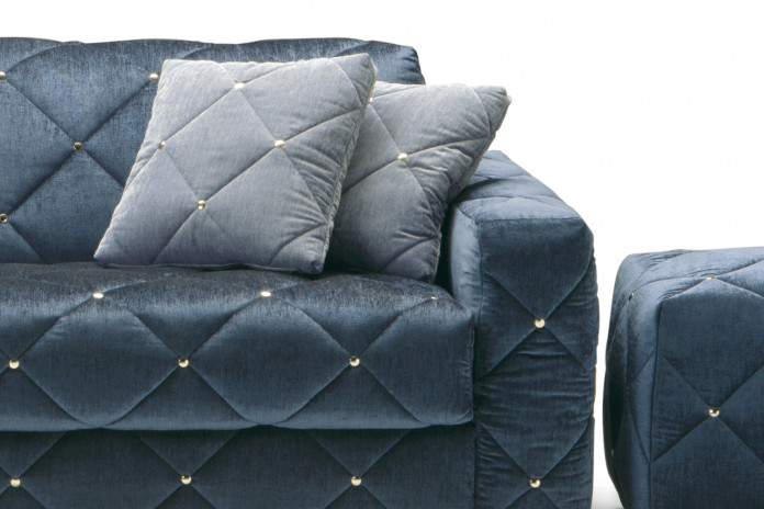 Square tufted scatter cushions