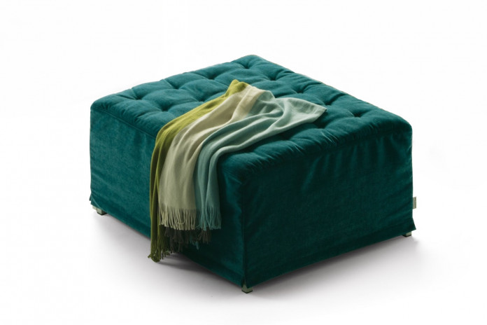 Stylish button tufted footstool double or king size bed