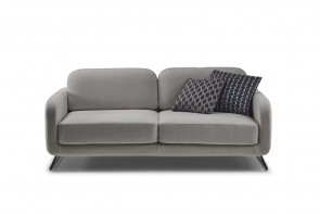 Ski leg 2 - 3 seater sofa with generous seat and back cushions