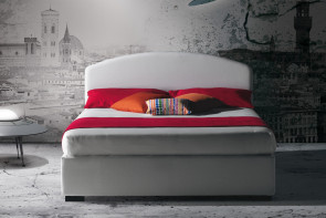 Upholstered curved headboard bed with or without storage