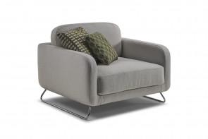 Ski leg armchair for the living room